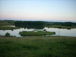 Zdjęcie dla Domki na wyspie na Mazurach